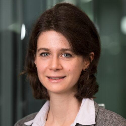 Dr.<br>Claudia Poggiolini